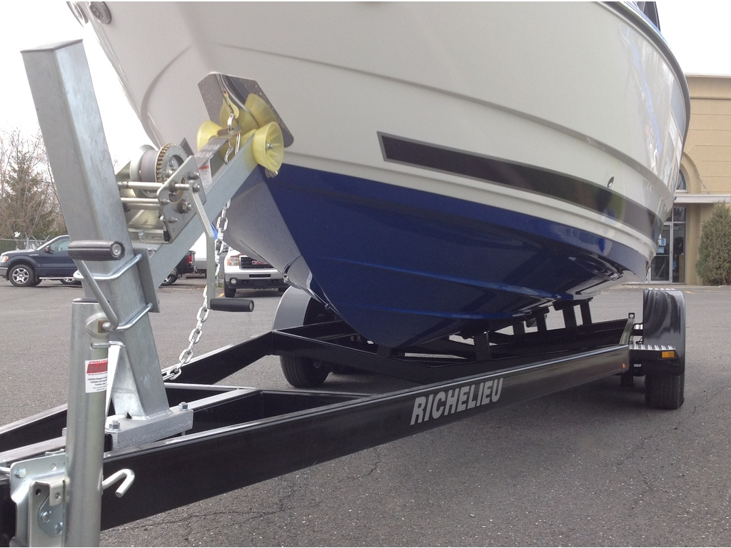2020 Monterey boat for sale, model of the boat is 238 Ss & Image # 3 of 20