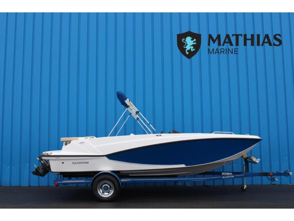 2018 Glastron boat for sale, model of the boat is 205 Gtdx 4.5l/alpha Mercruiser & Image # 1 of 6