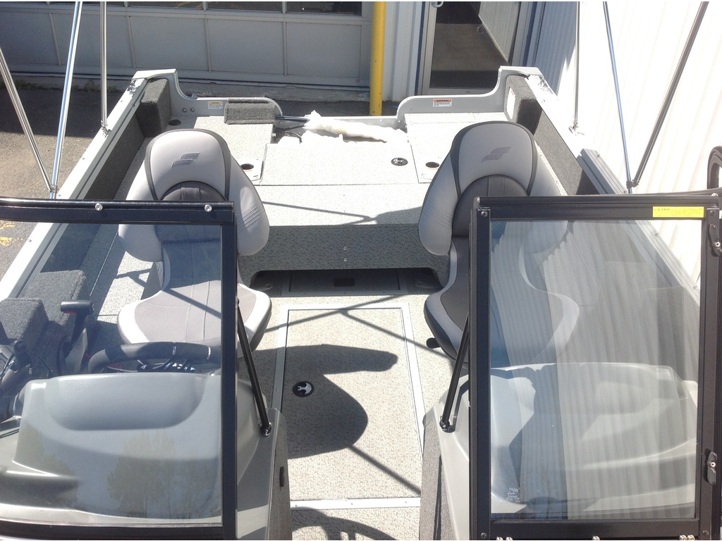 2021 Starcraft boat for sale, model of the boat is Stealth / Furtif 166 Dc & Image # 12 of 15