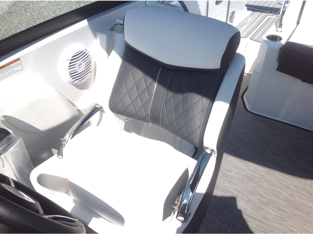 2021 Monterey boat for sale, model of the boat is M4 & Image # 16 of 16