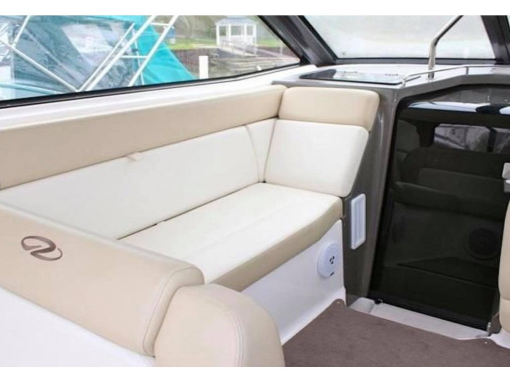 2012 Regal boat for sale, model of the boat is 35 Sport Coupe & Image # 4 of 13