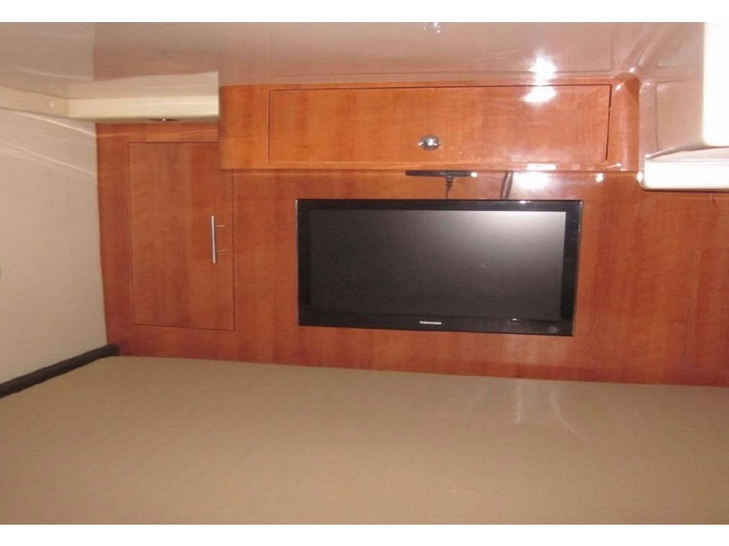 2012 Regal boat for sale, model of the boat is 35 Sport Coupe & Image # 10 of 12