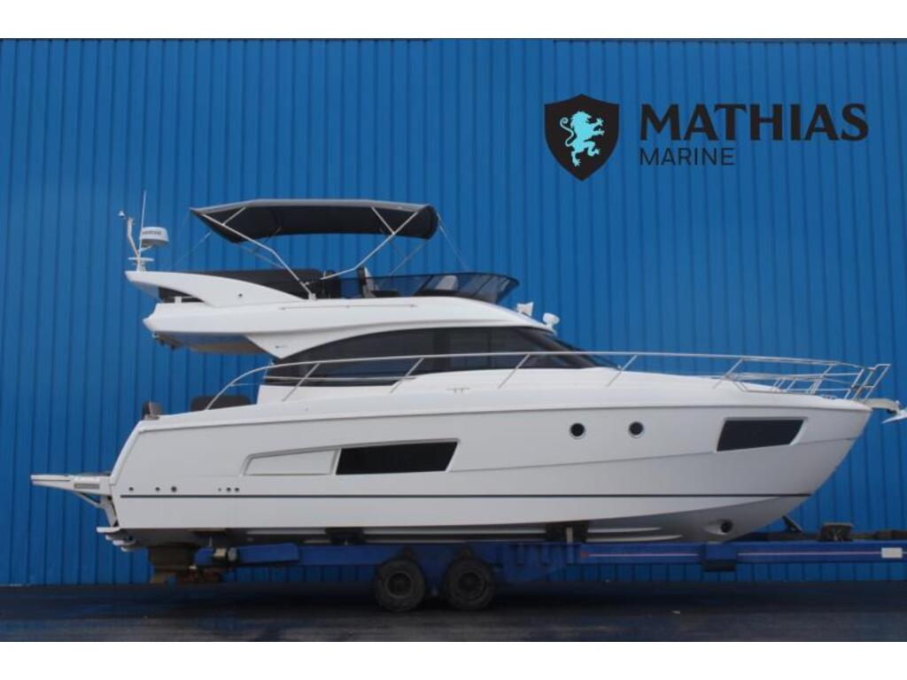 2020 Bavaria boat for sale, model of the boat is Virtess 420 Fly Ips 600 Volvo & Image # 1 of 13