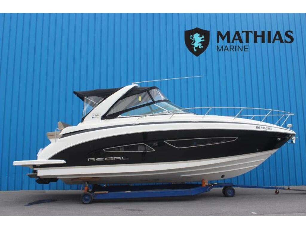 2014 Regal boat for sale, model of the boat is 32 & Image # 1 of 9