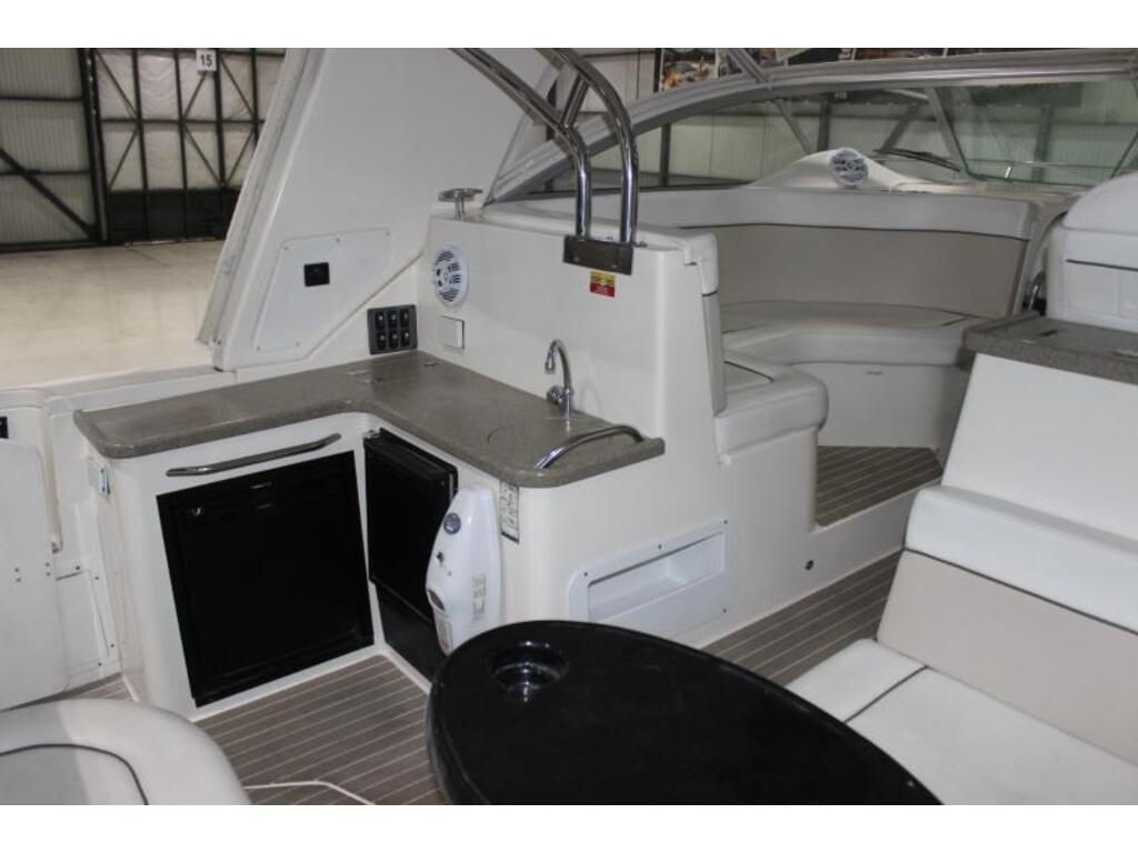 2006 Rinker boat for sale, model of the boat is 420 Express & Image # 4 of 11
