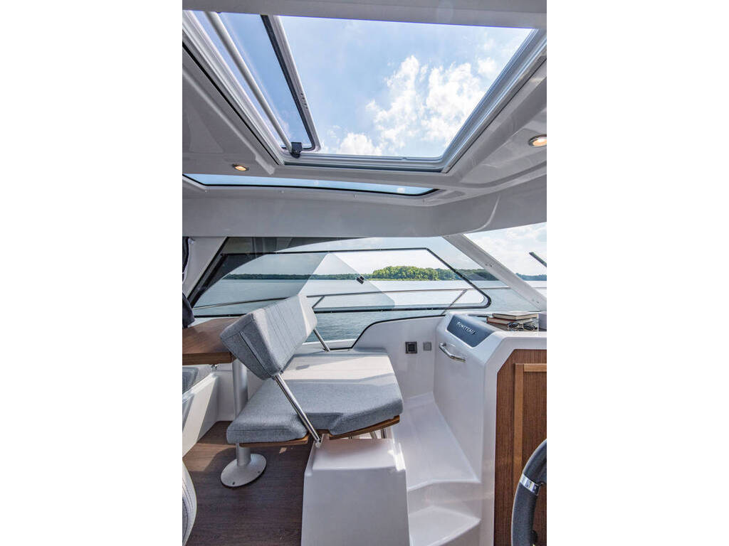 2021 Beneteau boat for sale, model of the boat is Antares 27 & Image # 8 of 13