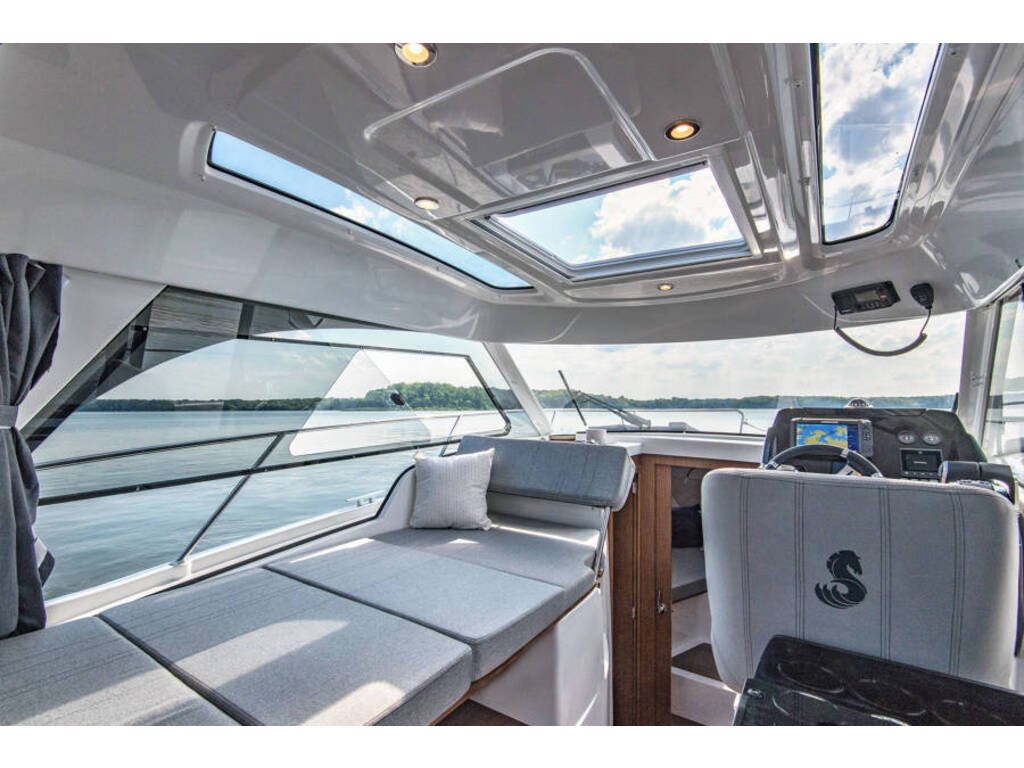 2021 Beneteau boat for sale, model of the boat is Antares 9(27) & Image # 9 of 16
