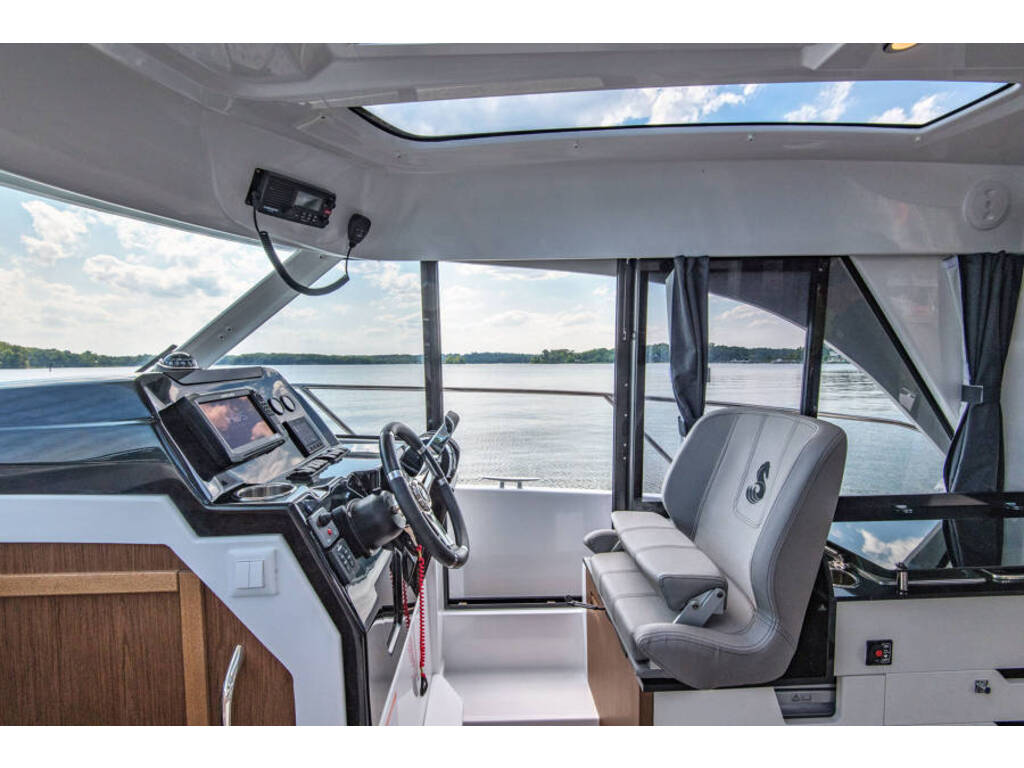 2021 Beneteau boat for sale, model of the boat is Antares 9(27) & Image # 7 of 16