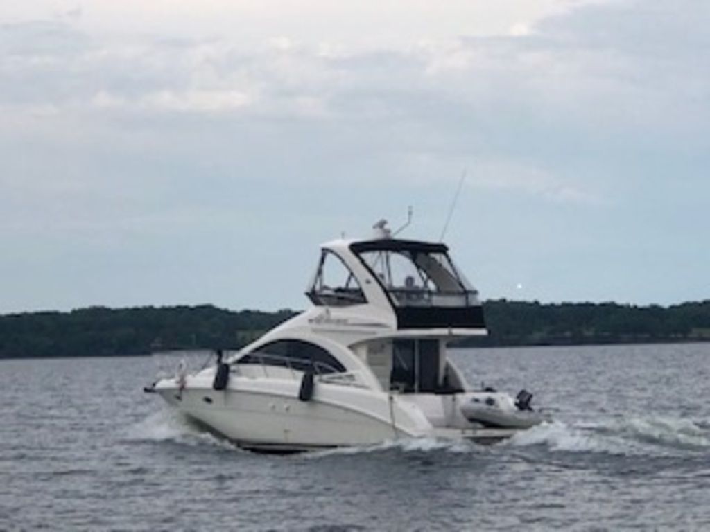 2007 Sea Ray boat for sale, model of the boat is Sedan 360 & Image # 3 of 19