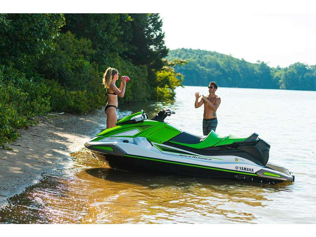 2021 Yamaha boat for sale, model of the boat is Vx Cruiser & Image # 3 of 7
