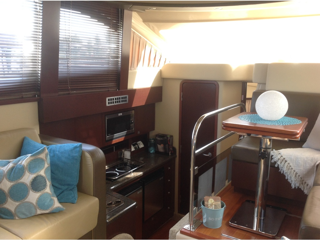 2007 Sea Ray boat for sale, model of the boat is Sedan 360 & Image # 12 of 19
