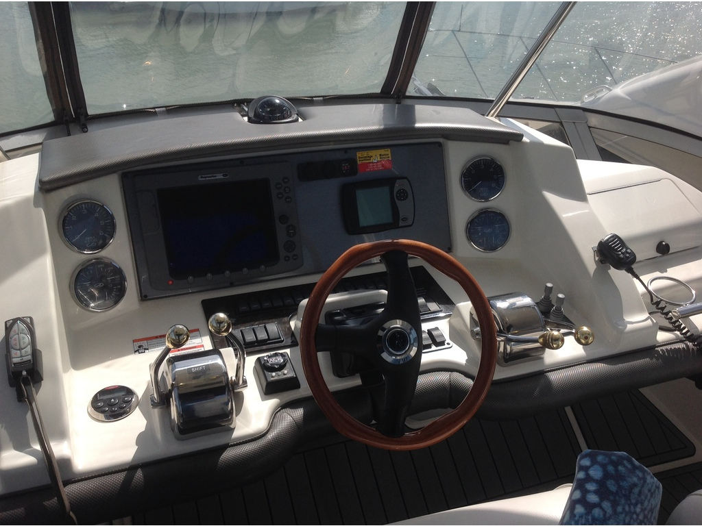 2007 Sea Ray boat for sale, model of the boat is Sedan 360 & Image # 9 of 19