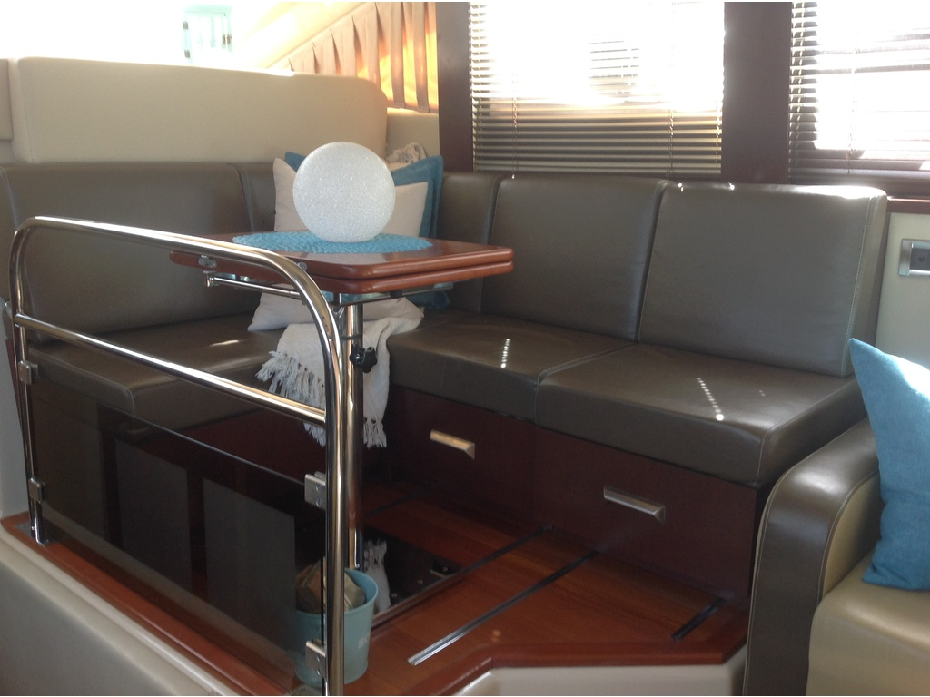 2007 Sea Ray boat for sale, model of the boat is Sedan 360 & Image # 13 of 19