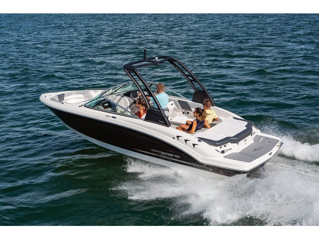 2021 Chaparral boat for sale, model of the boat is 23 Ssi & Image # 2 of 12