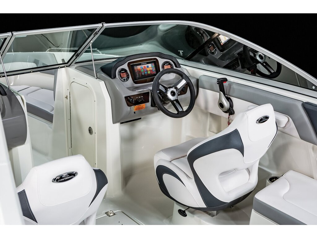 2021 Chaparral boat for sale, model of the boat is 23 Ssi O/b & Image # 6 of 13