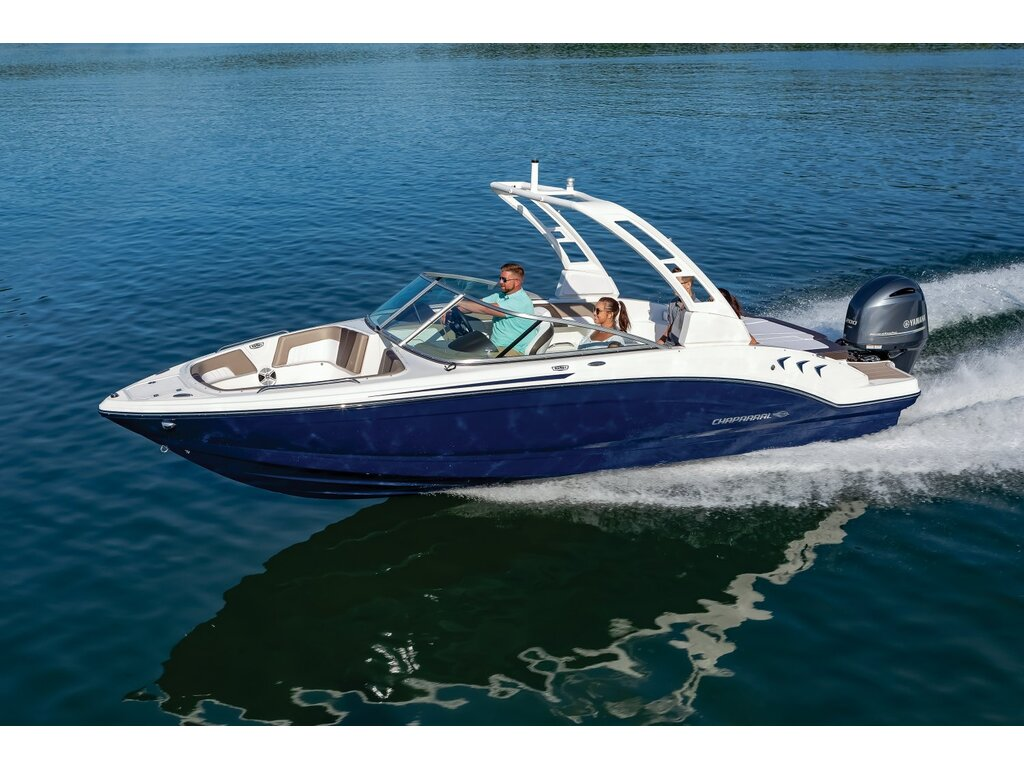 2021 Chaparral boat for sale, model of the boat is 23 Ssi O/b & Image # 2 of 13