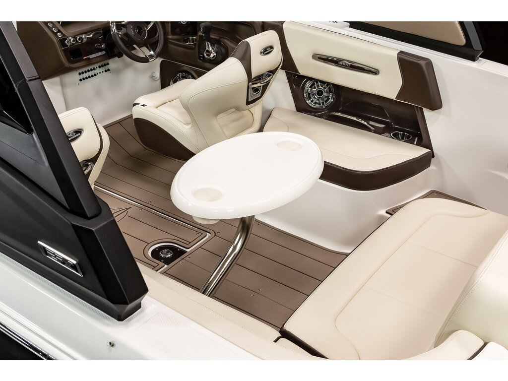 2021 Chaparral boat for sale, model of the boat is 267 Ssx & Image # 11 of 14