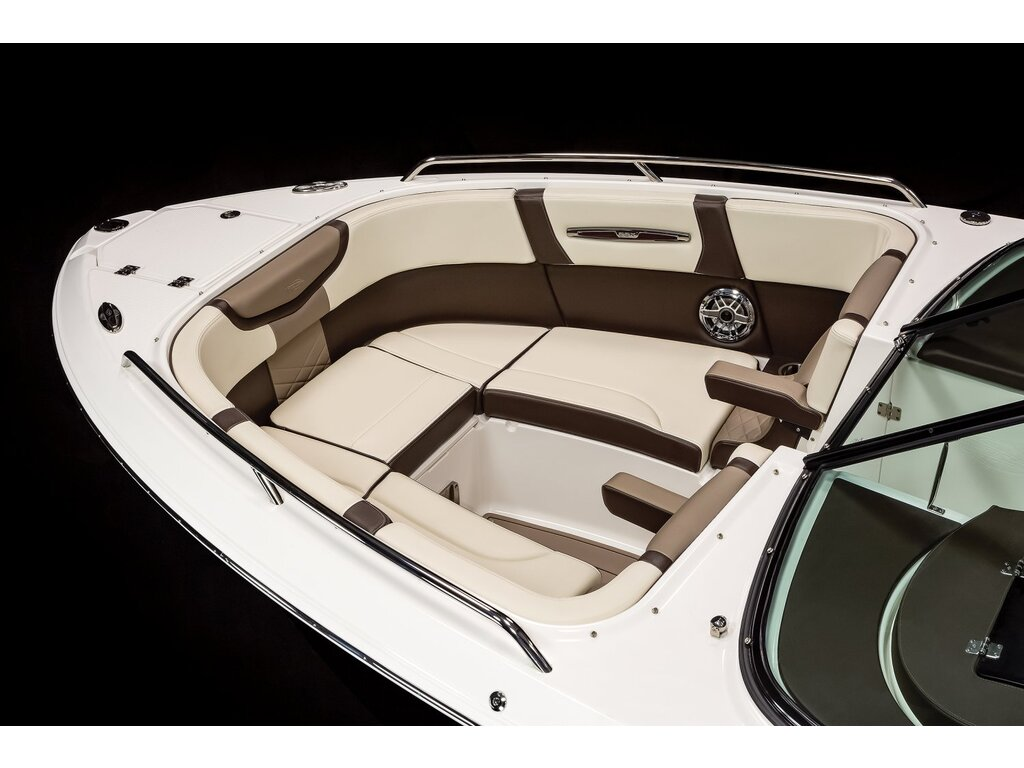 2021 Chaparral boat for sale, model of the boat is 267 Ssx & Image # 10 of 17