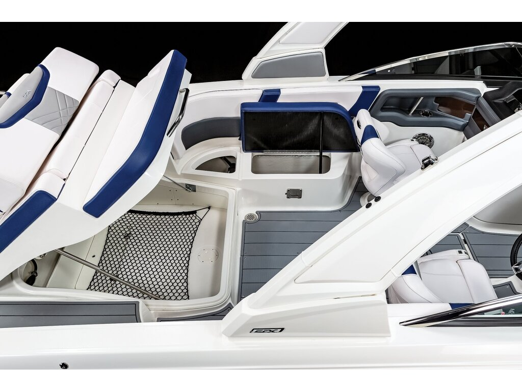 2021 Chaparral boat for sale, model of the boat is 267 O/b & Image # 13 of 16