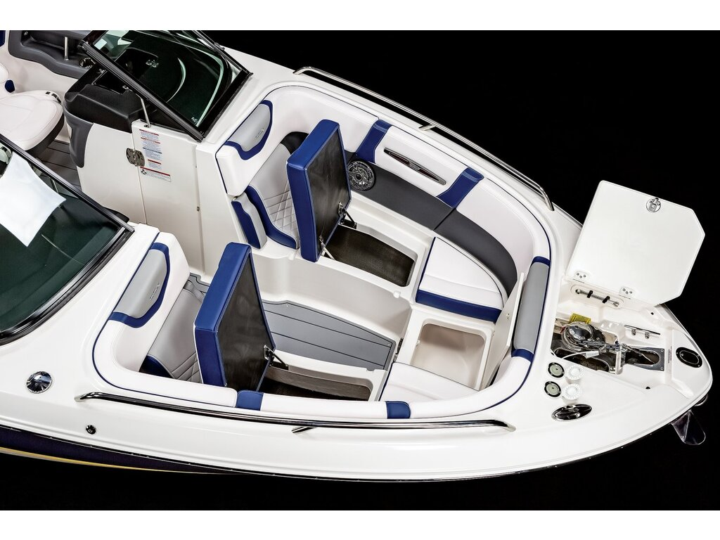 2021 Chaparral boat for sale, model of the boat is 267 O/b & Image # 11 of 15