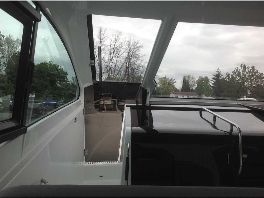 2021 Beneteau boat for sale, model of the boat is Gt32 O/b & Image # 7 of 24