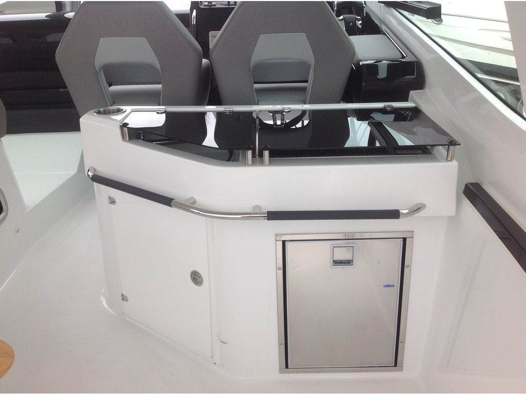 2021 Beneteau boat for sale, model of the boat is Gt32 O/b & Image # 8 of 24