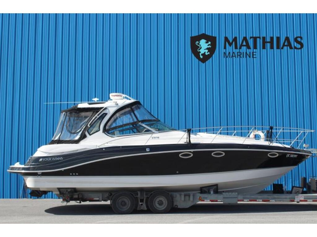 2016 Four Winns boat for sale, model of the boat is Vista 375 & Image # 1 of 11