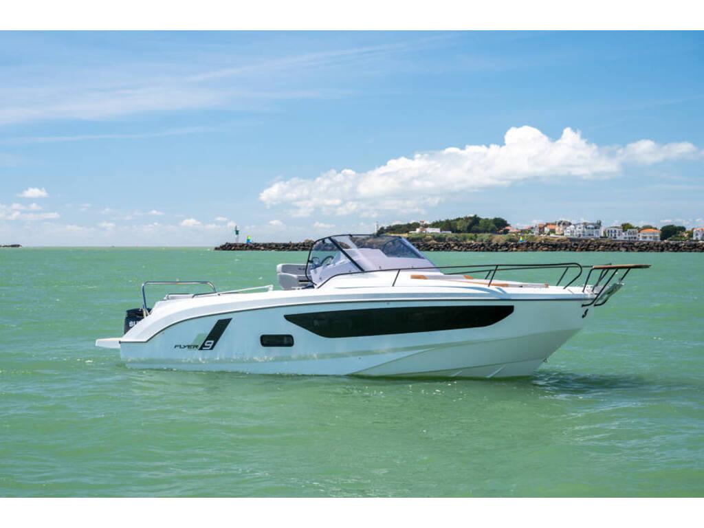 2021 Beneteau boat for sale, model of the boat is Flyer 9 Sundeck & Image # 14 of 19