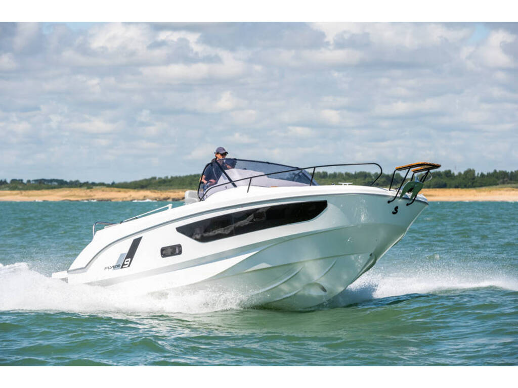 2021 Beneteau boat for sale, model of the boat is Flyer 9 Sundeck & Image # 2 of 19
