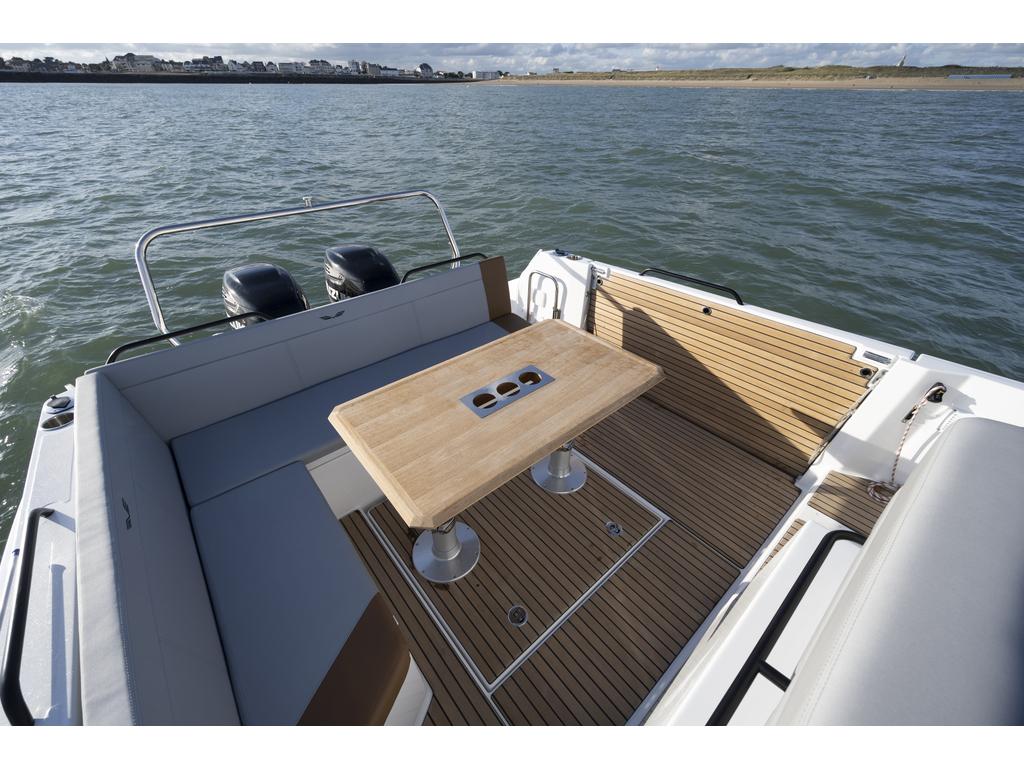 2021 Beneteau boat for sale, model of the boat is Flyer 9 Sundeck & Image # 10 of 19