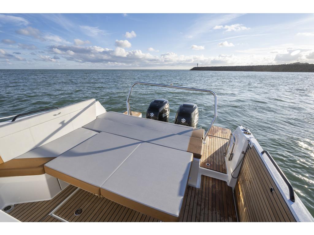 2021 Beneteau boat for sale, model of the boat is Flyer 9 Sundeck & Image # 11 of 19