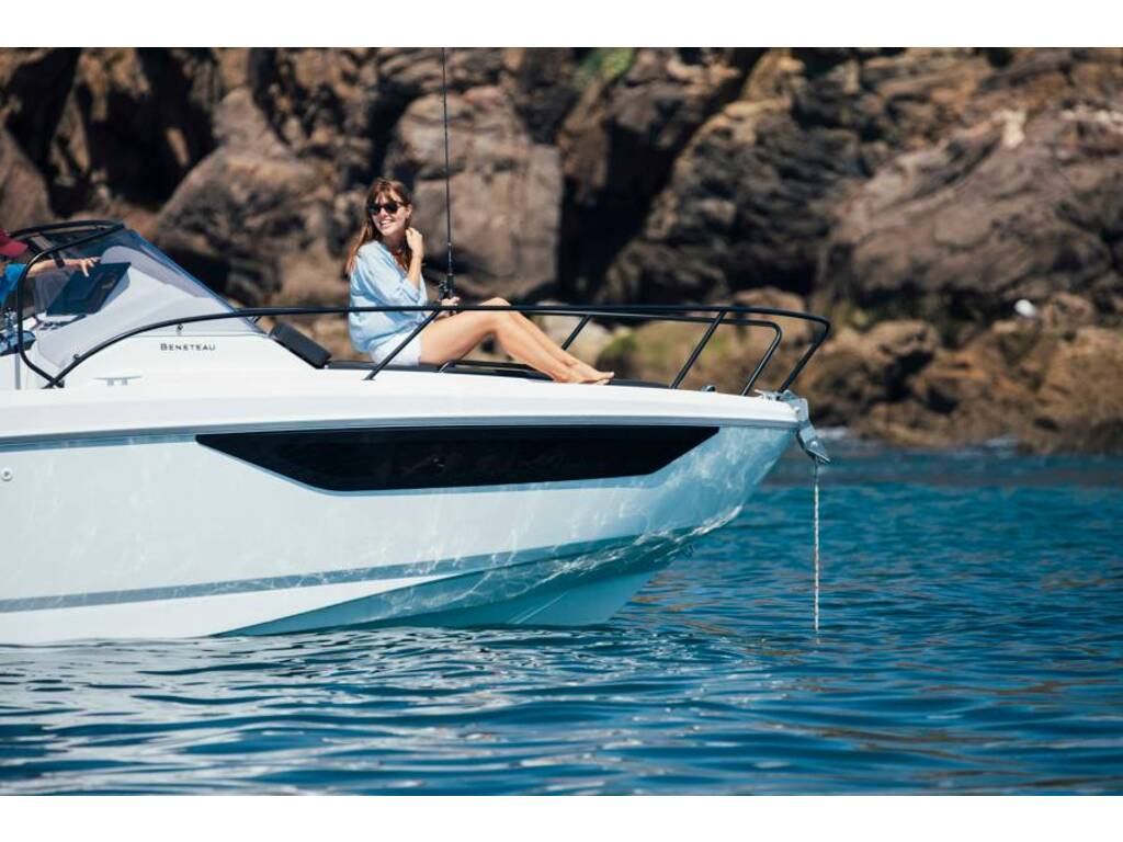 2021 Beneteau boat for sale, model of the boat is Flyer 9 Sundeck & Image # 17 of 19