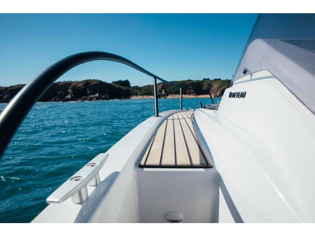 2021 Beneteau boat for sale, model of the boat is Flyer 9 Sundeck & Image # 19 of 19