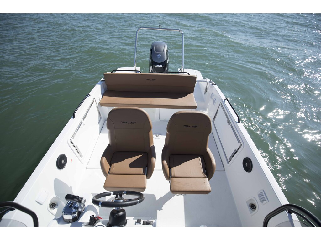 2021 Beneteau boat for sale, model of the boat is Flyer 8 Spacedeck & Image # 9 of 15