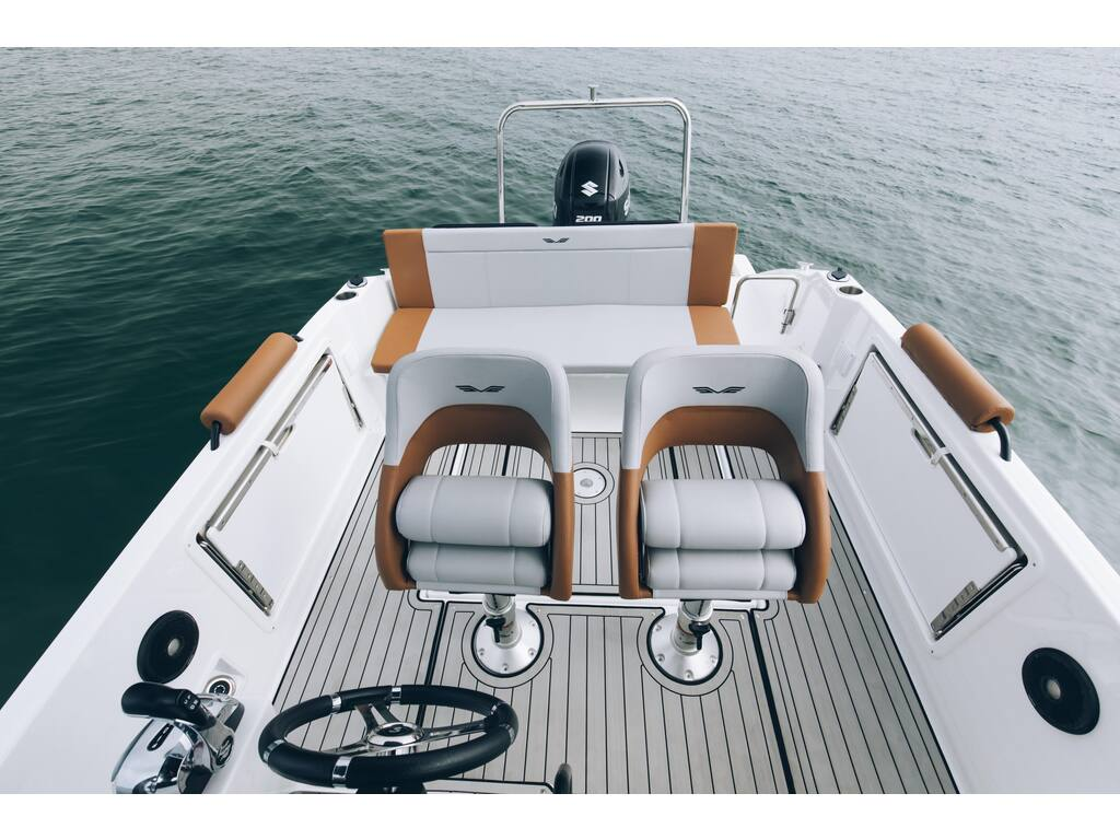2021 Beneteau boat for sale, model of the boat is Flyer 7 Spacedeck & Image # 4 of 7