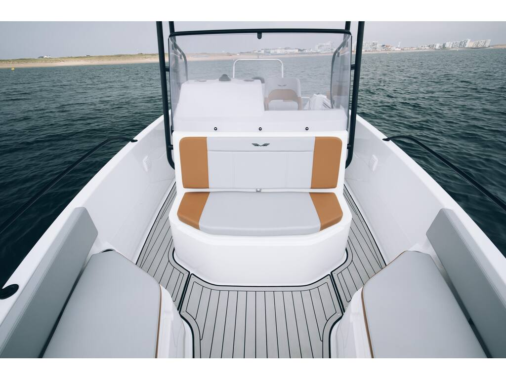 2021 Beneteau boat for sale, model of the boat is Flyer 7 Spacedeck & Image # 6 of 7