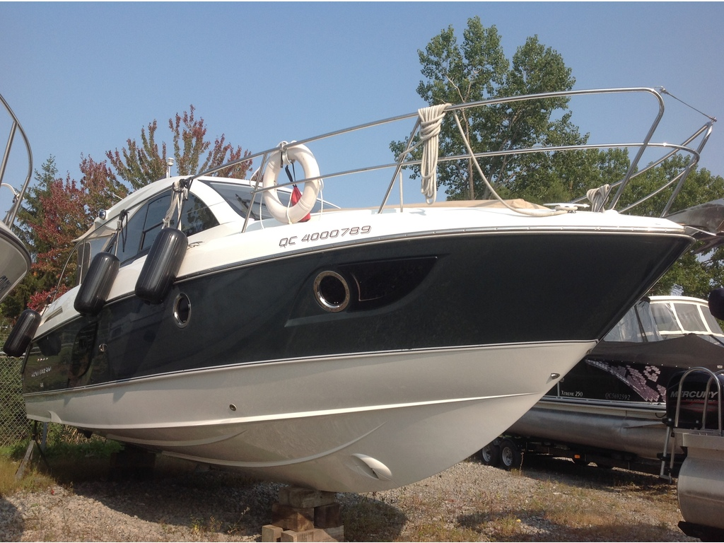 2012 Beneteau boat for sale, model of the boat is Gt 34 & Image # 2 of 17