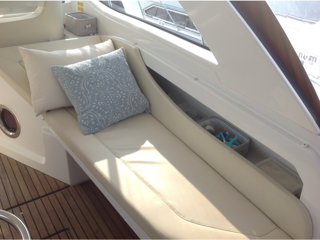 2012 Beneteau boat for sale, model of the boat is Gt 34 & Image # 9 of 17