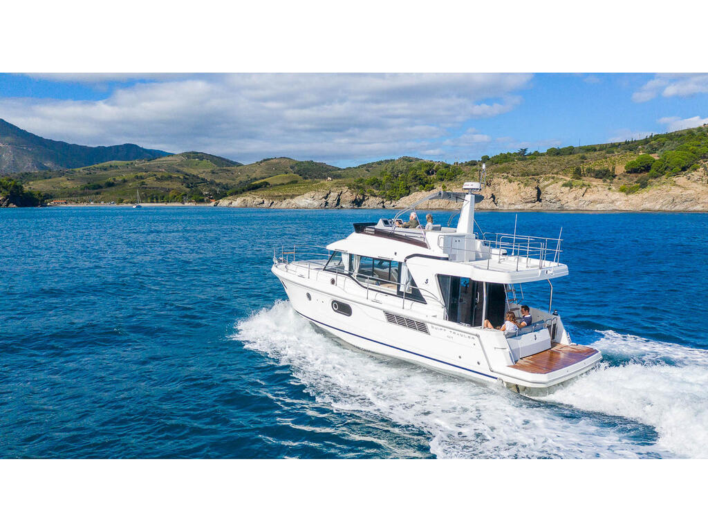 2021 Beneteau boat for sale, model of the boat is Swift Trawler 41 Fly & Image # 19 of 19
