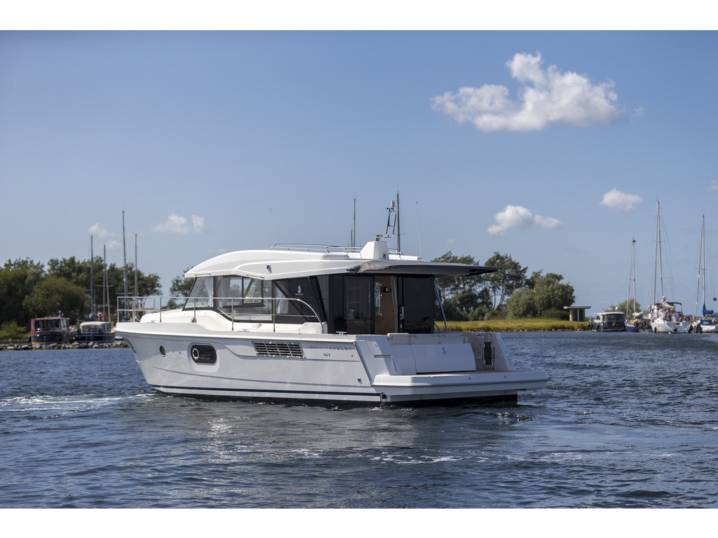 2021 Beneteau boat for sale, model of the boat is Swift Trawler 41 & Image # 2 of 20