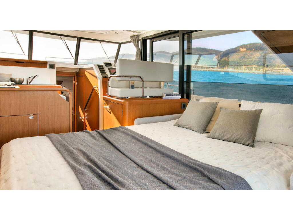 2021 Beneteau boat for sale, model of the boat is Swift Trawler 35 & Image # 7 of 10