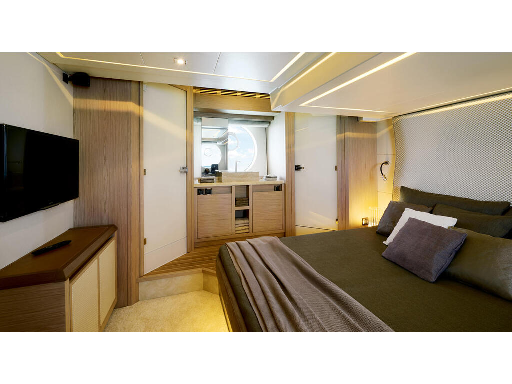 2021 Beneteau boat for sale, model of the boat is Monte Carlo 6 & Image # 7 of 14