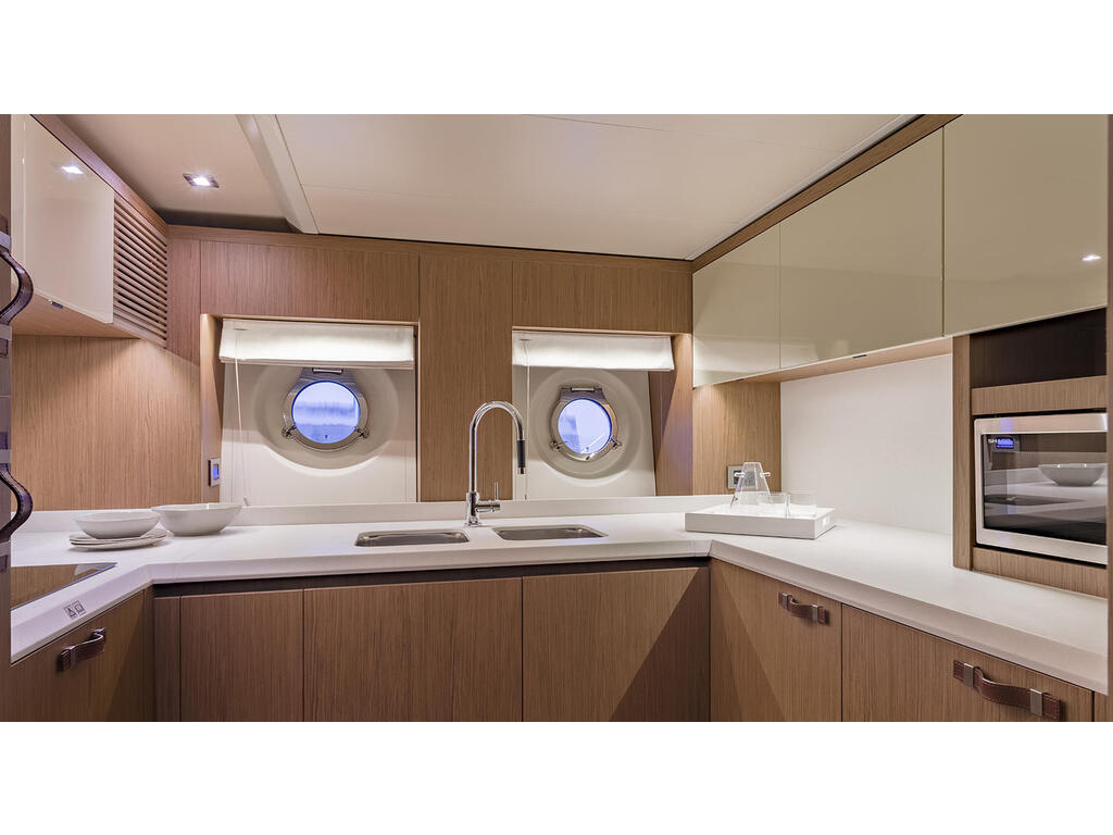 2021 Beneteau boat for sale, model of the boat is Monte Carlo 6 & Image # 10 of 14