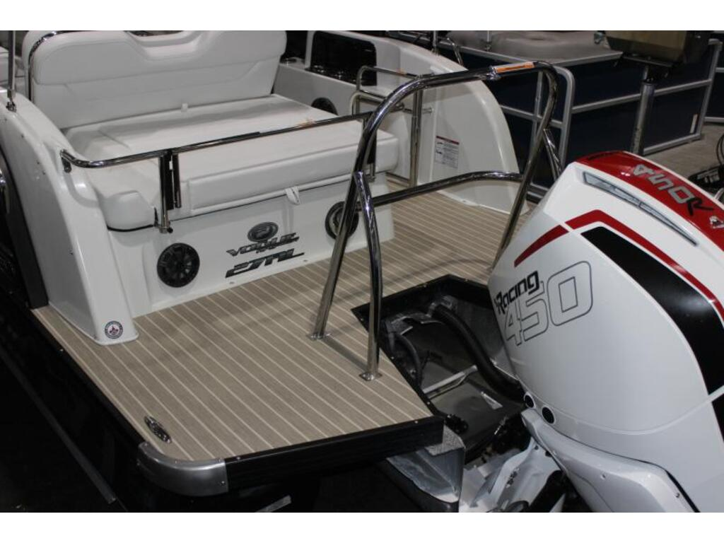 2020 Princecraft boat for sale, model of the boat is Mercury 450hp Racing & Image # 6 of 6
