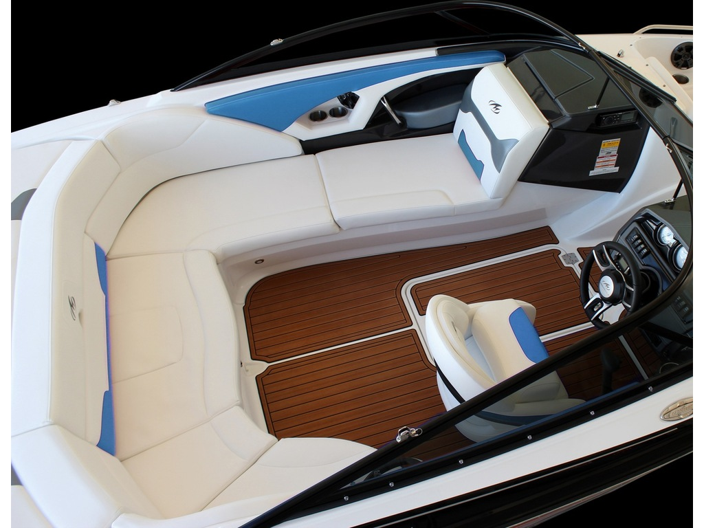 2021 Monterey boat for sale, model of the boat is 224 Fs & Image # 4 of 6