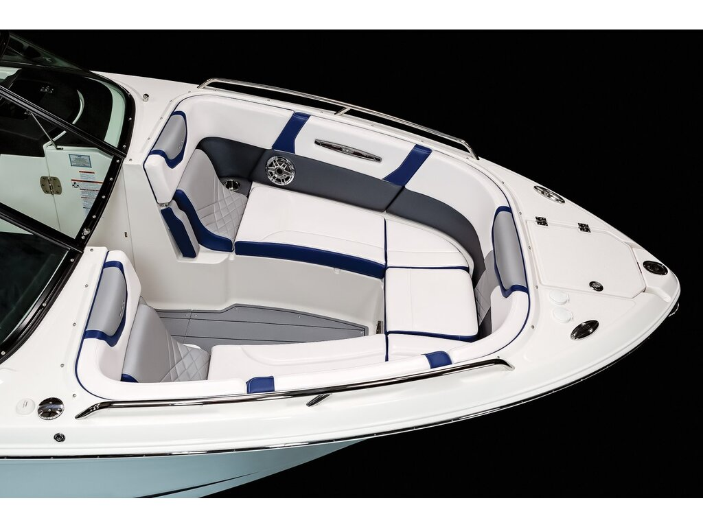 2021 Chaparral boat for sale, model of the boat is 287 Ssx  & Image # 5 of 16