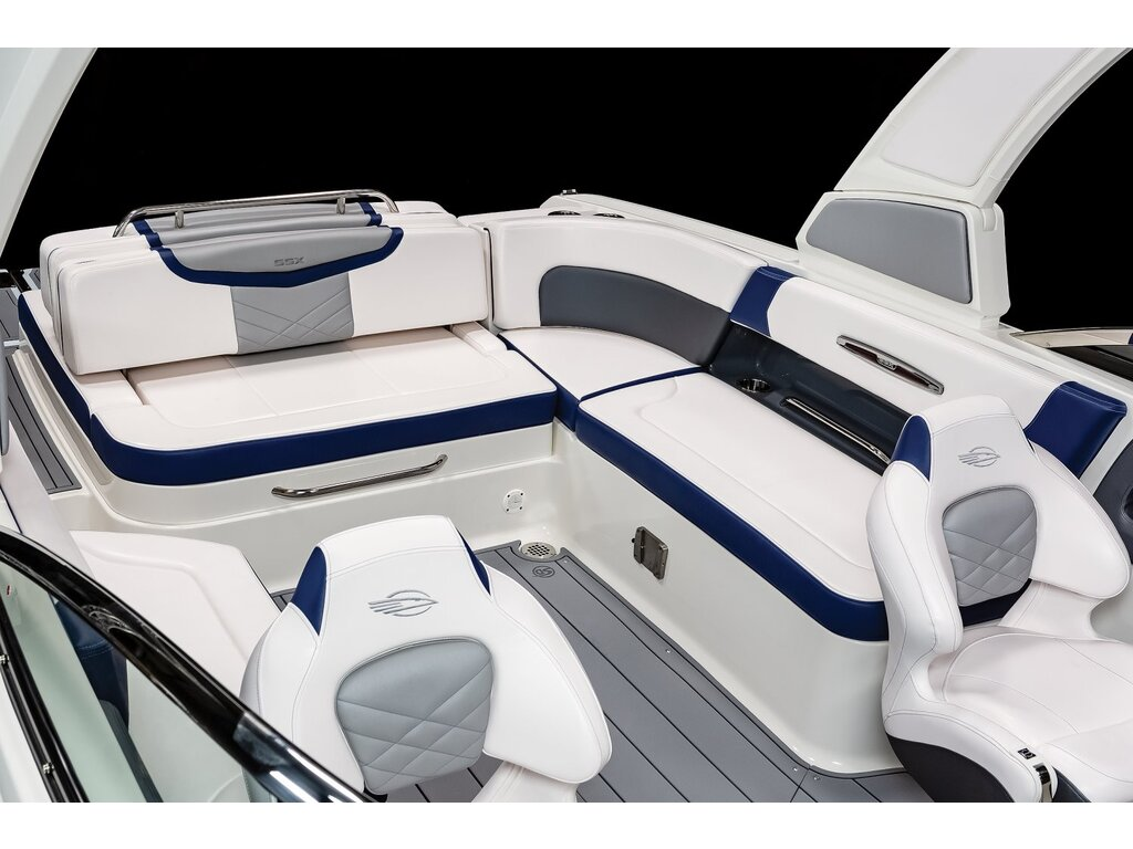 2021 Chaparral boat for sale, model of the boat is 287 Ssx  & Image # 10 of 16