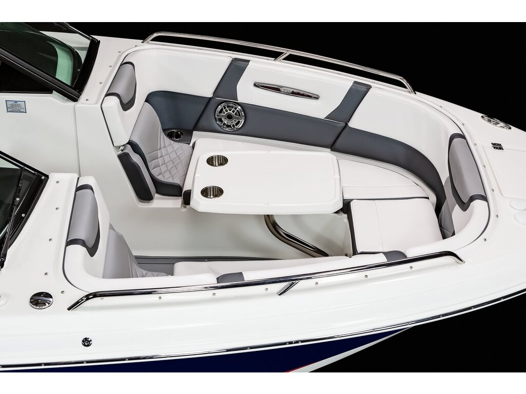 2021 Chaparral boat for sale, model of the boat is 307 Ssx & Image # 5 of 14