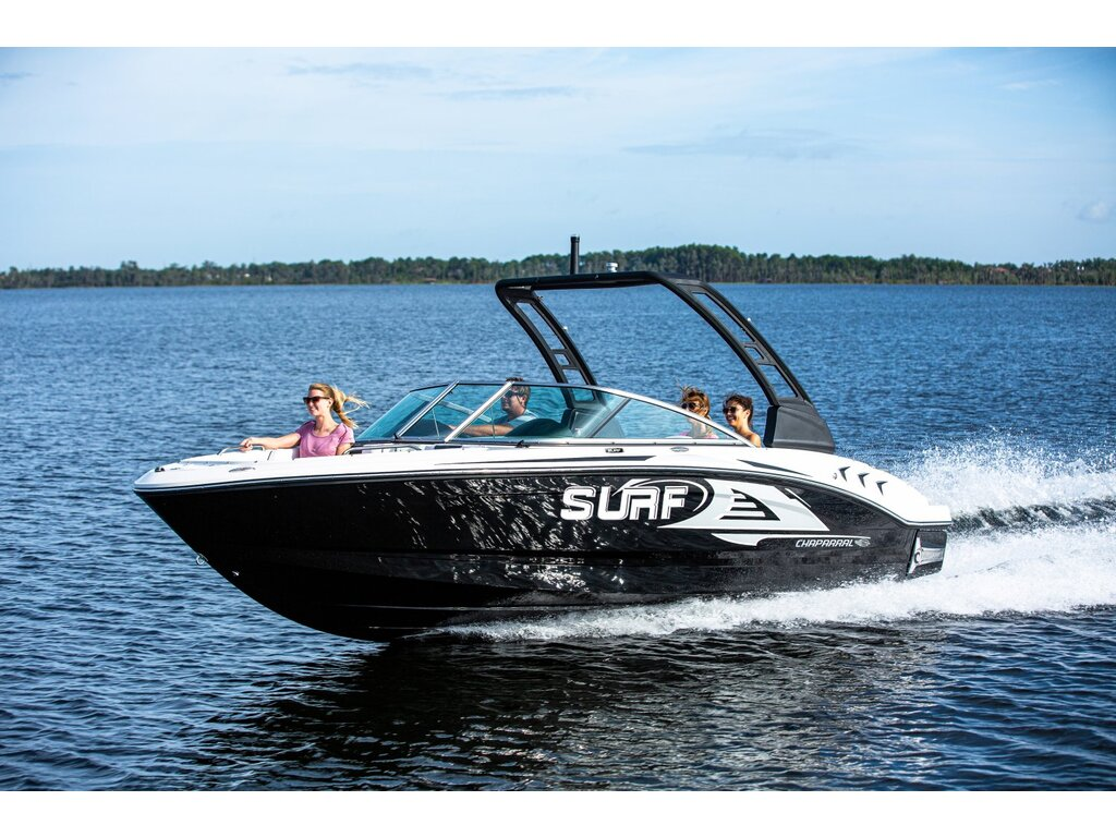 2021 Chaparral boat for sale, model of the boat is 21 Surf & Image # 2 of 11