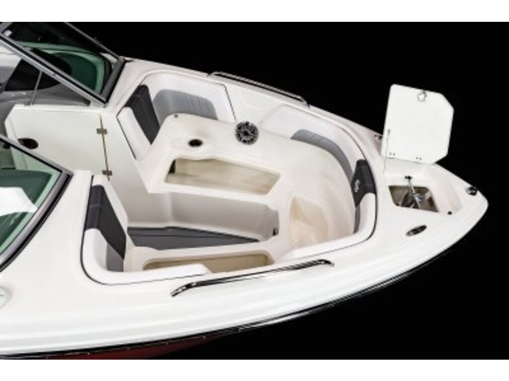 2021 Chaparral boat for sale, model of the boat is 23 Surf  & Image # 6 of 15